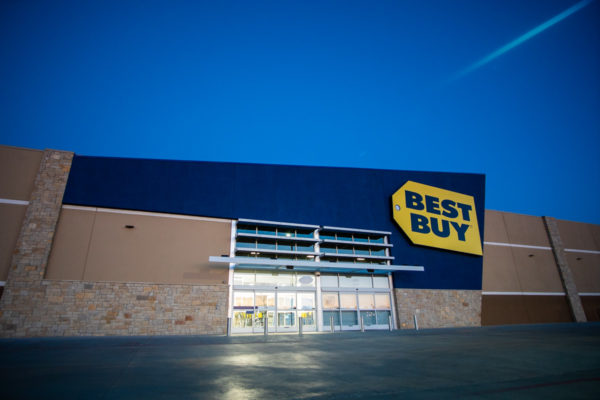 Best Buy view from parking lot