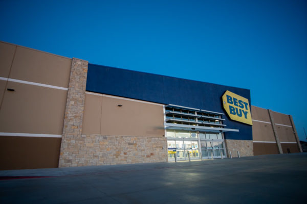 Best Buy front entrance view