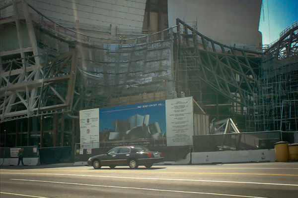 Small car next to Disney Concert Hall under construction
