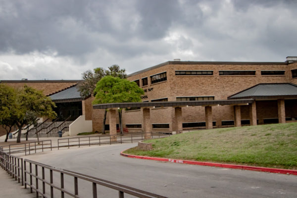 Taft high school covered walkway